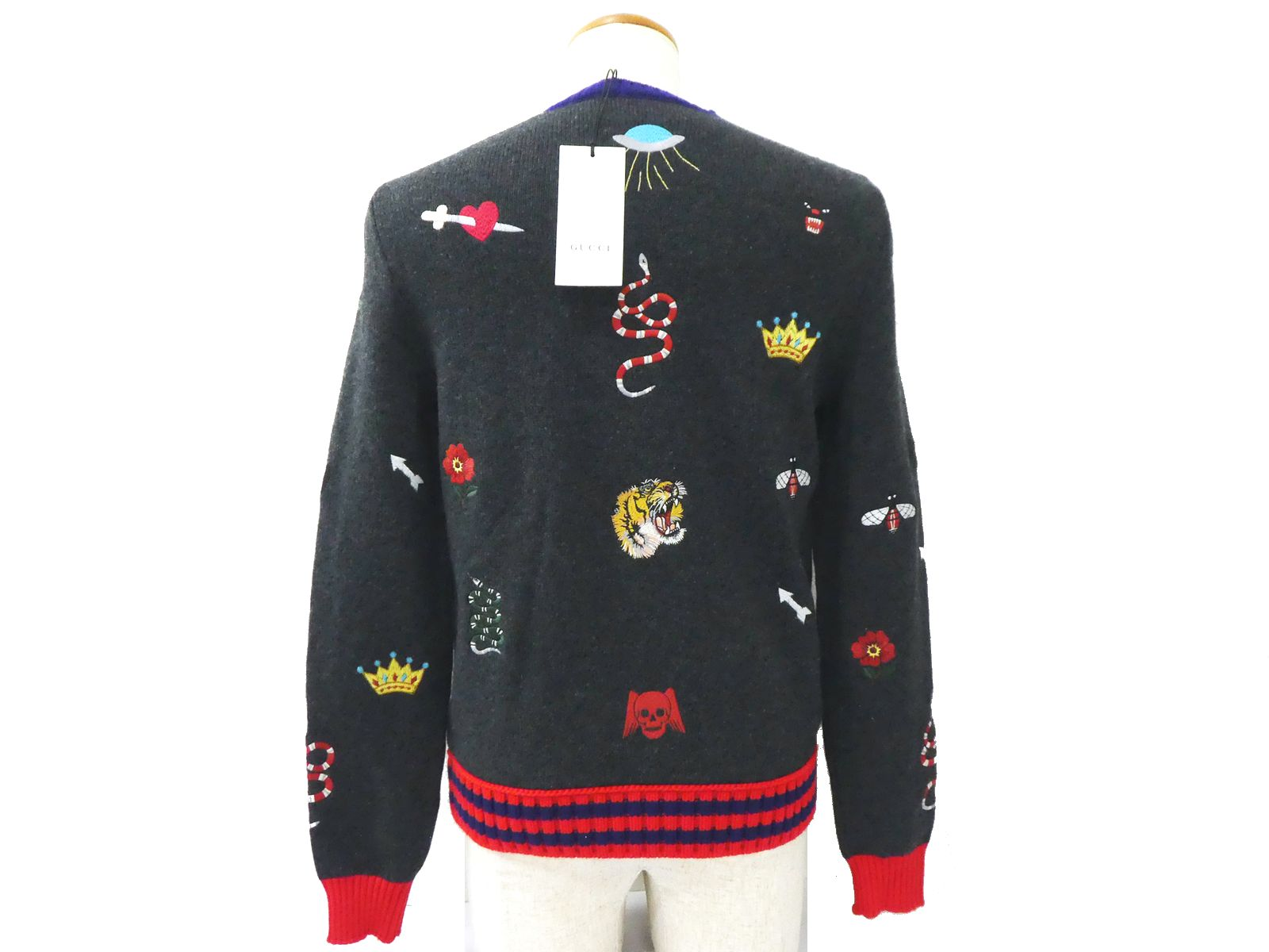 c0e81d621ba97 Details about Auth Gucci Wool Crewneck Sweater Embroideries Snake Tiger Men  XS Unused D1146